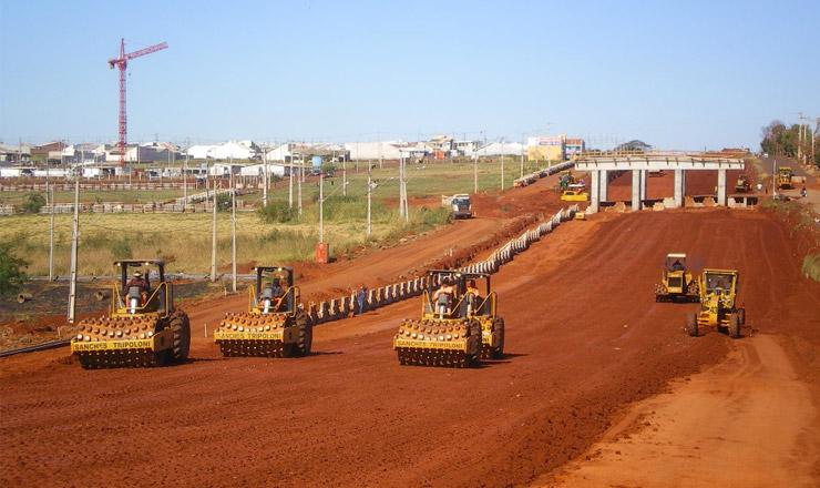 <strong> Obras no Contorno de Maring&aacute;</strong> da rodovia BR 376, no Paran&aacute;