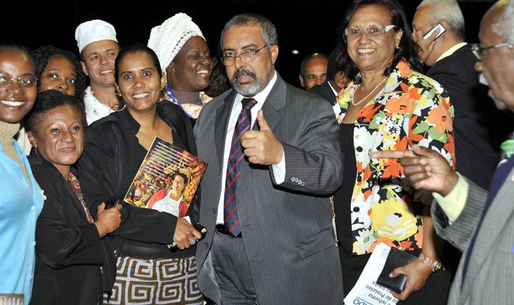 <strong> Senador Paulo Paim e lideran&ccedil;as negras: </strong> aprova&ccedil;&atilde;o do estatuto ap&oacute;s quase dez anos  &nbsp;