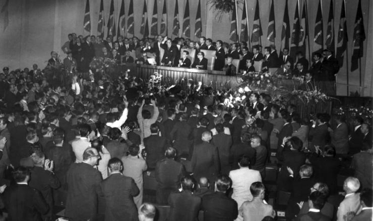 <strong> No Congresso Nacional, Jo&atilde;o Goulart toma posse&nbsp;</strong> como presidente da Rep&uacute;blica, em 7 de setembro de 1961