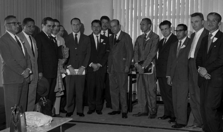 <strong> Representantes do&nbsp;MSD no Congresso Nacional se encontram </strong> em Bras&iacute;lia, junho de 1962  &nbsp;