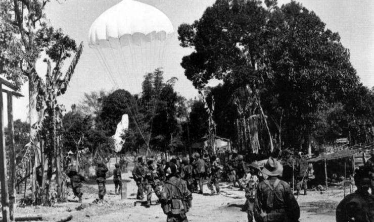 <strong> Soldados franceses em a&ccedil;&atilde;o </strong> no Vietn&atilde;
