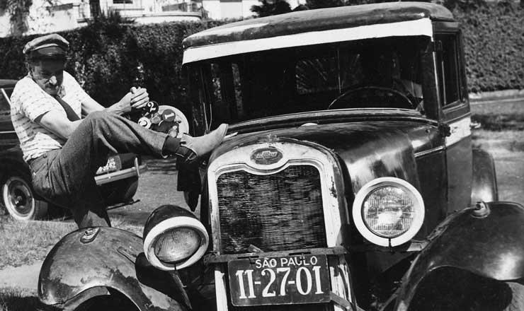<strong> Mazzaropi no filme</strong> &quot;Chofer de Pra&ccedil;a&quot;, de 1959