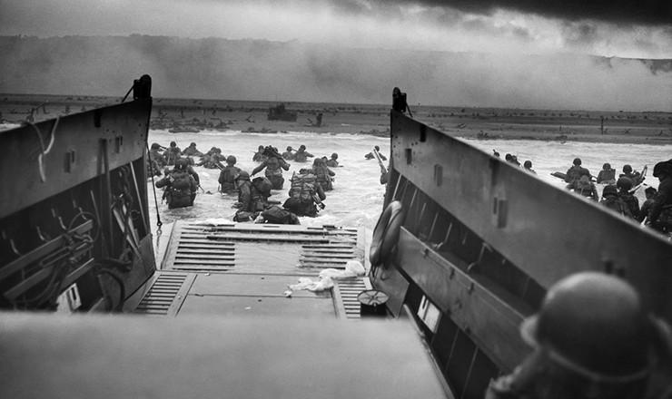 <strong> Desembarque aliado</strong> na Normandia