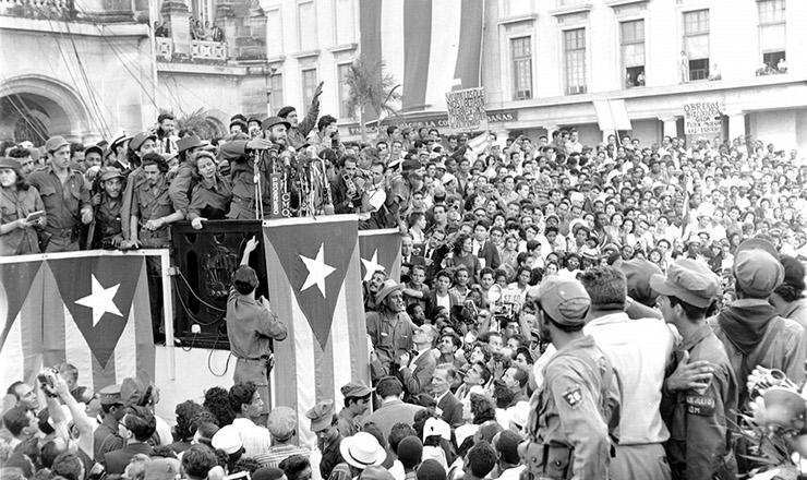 <strong> Fidel Castro discursa </strong> na vitória da revolução