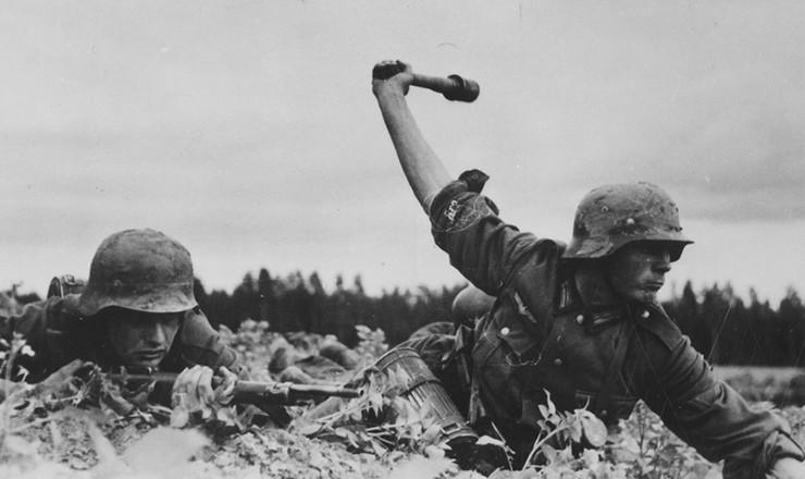 <strong> Soldados alemães </strong> durante a invasão da União Soviética, 1941&nbsp;