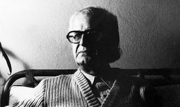 <strong> O historiador Caio Prado J&uacute;nior, </strong> um dos mais importantes intelectuais brasileiros, tamb&eacute;m atingido pelo AI-5  &nbsp;