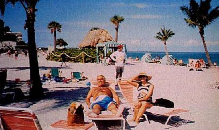 <strong> Em uma das 16 viagens que fez a Miami</strong> no per&iacute;odo de tr&ecirc;s anos, o juiz Nicolau dos Santos Neto descansa em uma praia da cidade norte-americana  &nbsp;  &nbsp;