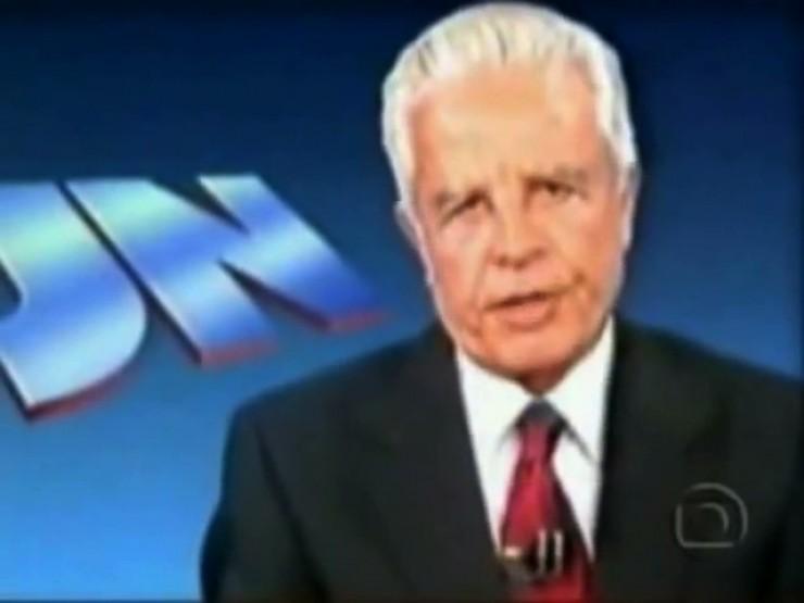 <strong> O apresentador Cid Moreira</strong> l&ecirc; o texto de Leonel Brizola em cumprimento ao direito de resposta obrtido pelo governador do Rio de Janeiro junto &agrave; Justi&ccedil;a