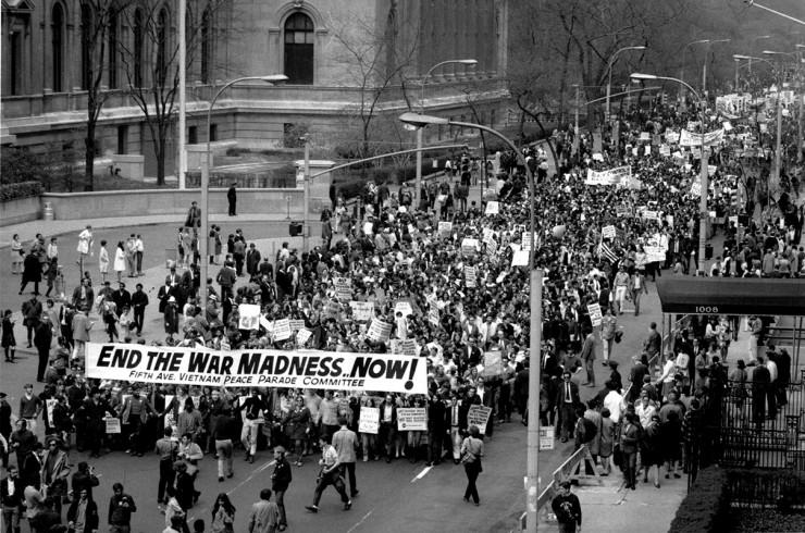 <strong> Protesto contra a guerra </strong> do Vietn&atilde;, em Nova York, em abril de 1968