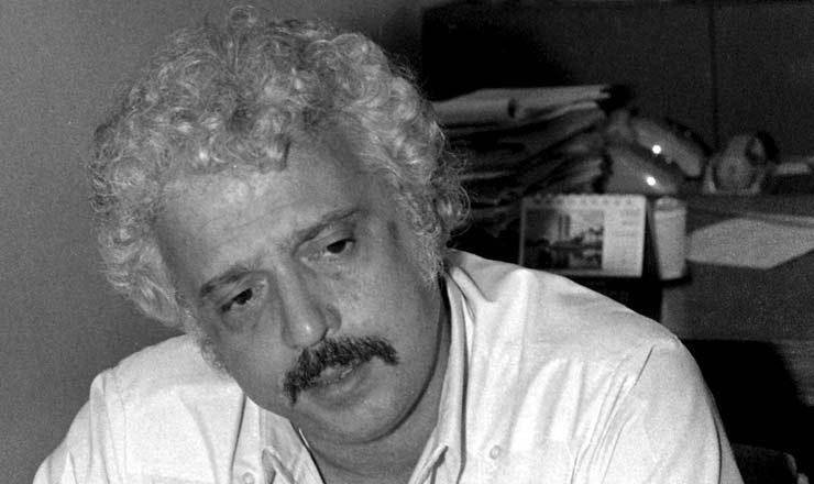 <strong> Theotônio dos Santos, </strong> economista, seguiu para exílio no Chile e México<br />