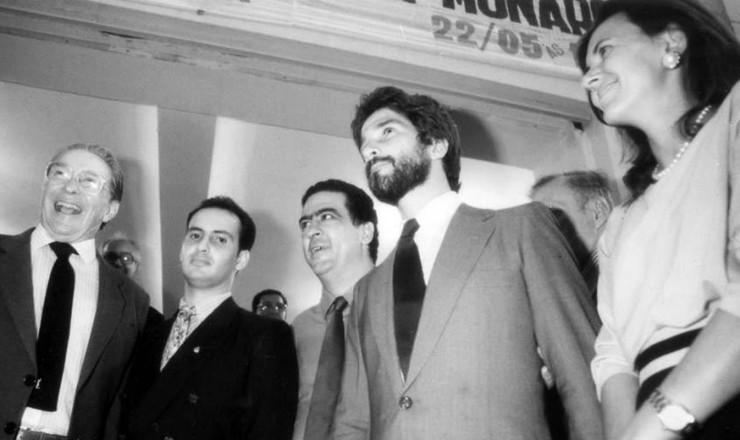 <strong> Pr&iacute;ncipe Jo&atilde;o de Orl&eacute;ans e Bragan&ccedil;a</strong> (de barba), que seria o rei do Brasil no caso da volta da monarquia ao poder