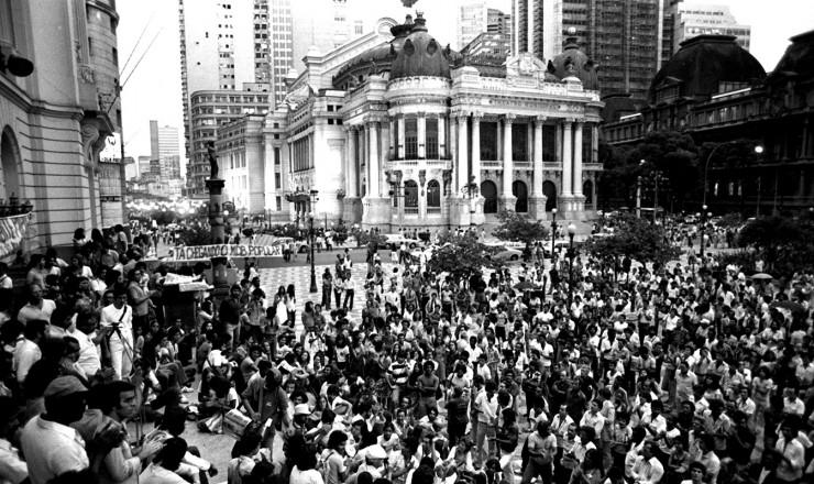 <strong> Manifestação do MDB </strong> contra a reforma partidária, no centro do Rio de Janeiro
