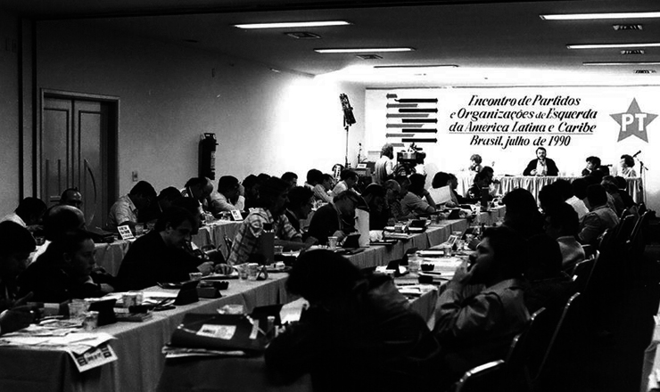 <strong> Semin&aacute;rio internacional </strong> organizado pelo PT em 1990 que deu origem ao Foro de S&atilde;o Paulo