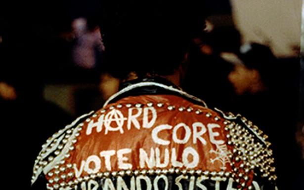 O punk utiliza o próprio corpo como instrumento de expressão e ação política