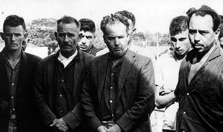<strong> Integrantes da guerrilha </strong> de Três Passos, liderada pelo coronel Jefferson Cardim Osório (MNR)