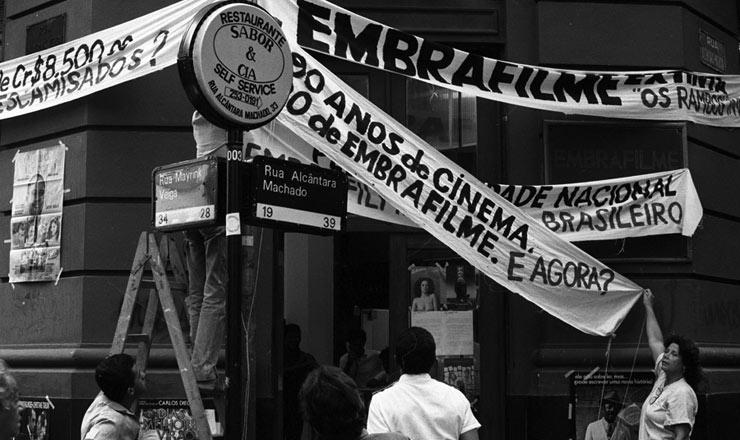 <strong> &nbsp;Protesto contra a extin&ccedil;&atilde;o</strong> da Embrafilme no centro do Rio de Janeiro&nbsp;