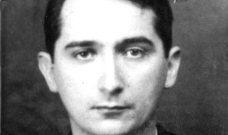 <strong> Mário Pedrosa,</strong> um dos fundadores da Liga Comunista Internacionalista, em fotografia de prontuário policial
