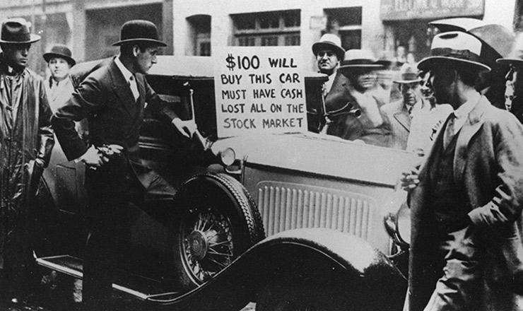 <strong> Em Nova York, cidad&atilde;o vende autom&oacute;vel:</strong> &nbsp;&ldquo;Cem d&oacute;lares por este carro. Preciso de dinheiro, perdi tudo no mercado de a&ccedil;&otilde;es&rdquo;